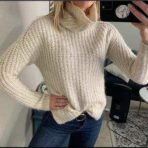 Abercrombie and Fitch turtle neck sweater